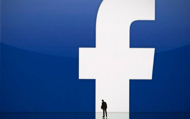 Facebook联合创始人帕克:社交网络改变人类态度