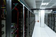 如何提高数据中心设计、建设和运营的效率和性能